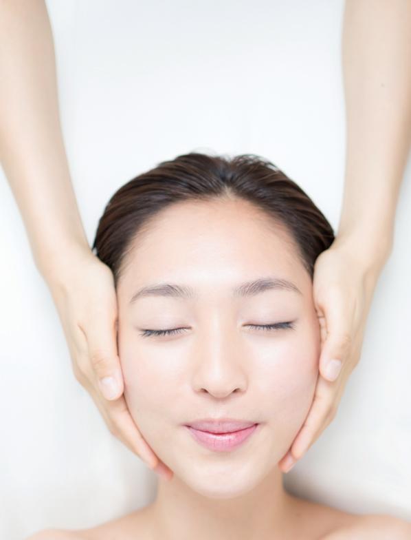 Facial Treatment. Japanese Beauty